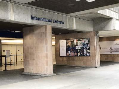 ホノルル空港ピックアップポイント