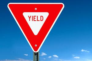 ハワイの道路標識 YIELD